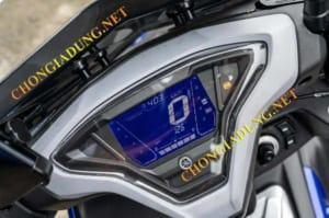 Honda AirBlade 150 vs Yamaha NVX 155 ver2
