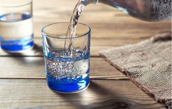 Tụt huyết áp nên uống gì để tăng huyết áp