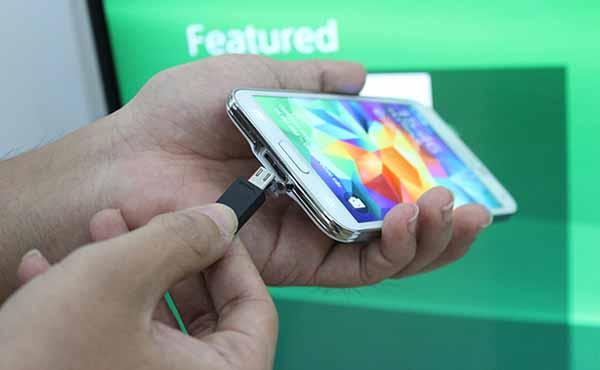 Các cách kết nối điện thoại Android với tivi Samsung