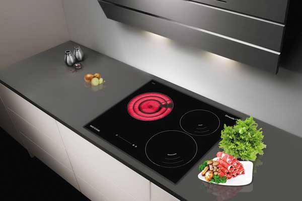 Kinh nghiệm mua đồ gia dụng và 5 thiết bị cần có trong căn bếp hiện đại