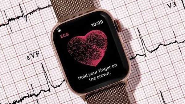 Cảm biến nhịp tim quang học trên smartwatch là gì